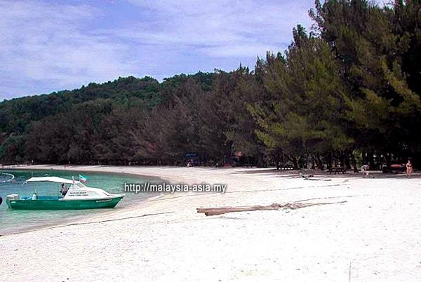 Pulau Manukan Pantai