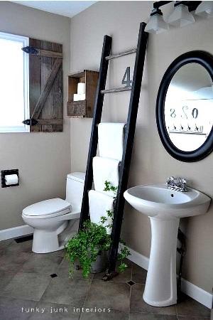24. Tangga untuk menggantung handuk di kamar mandi