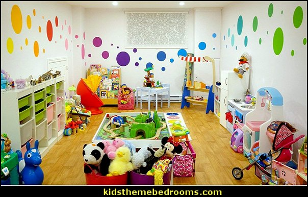 MyWonderfulWalls Polka Dot Wall Stencils for Polka Dot Theme Kids Room Wall Mural