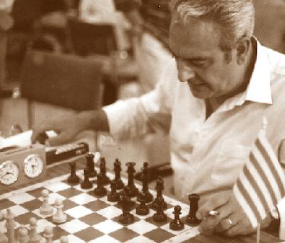 El ajedrecista Sadurní Flores Escuín