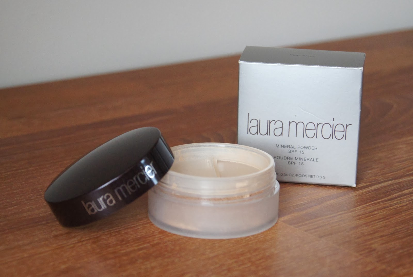 laura mericer mineral powder foundation review