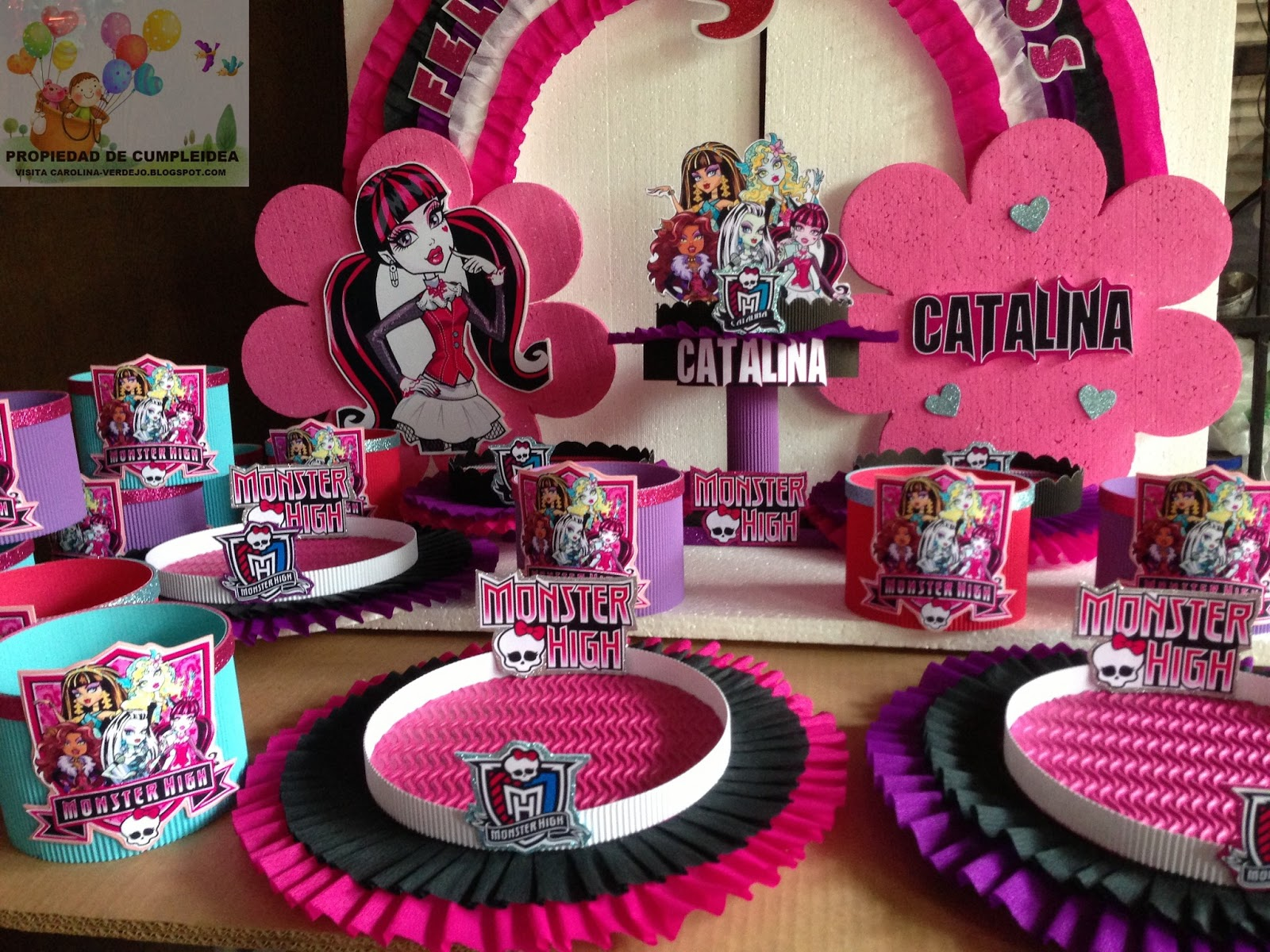 Salon Para Cumpleaños Decoraciones Infantiles Monster High