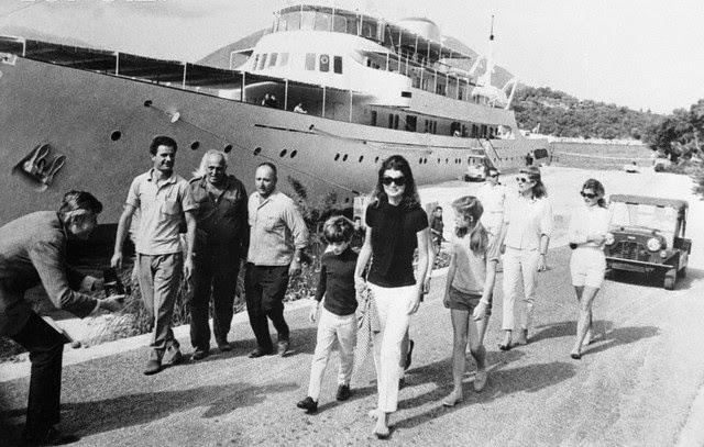 Jackie-Onassis-Skorpios