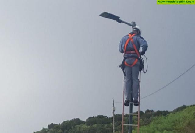 Villa de Mazo reduce el consumo energético del alumbrado público con la instalación de luminarias LED