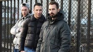 Guillaume Wayne, Koldo Goran & Juan – Young man with apartment for rent (Bareback)