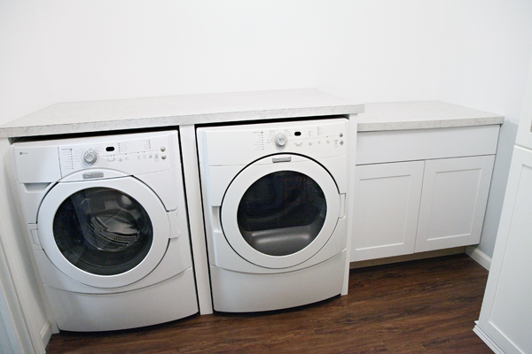 Iheart Organizing Laundry Room Update