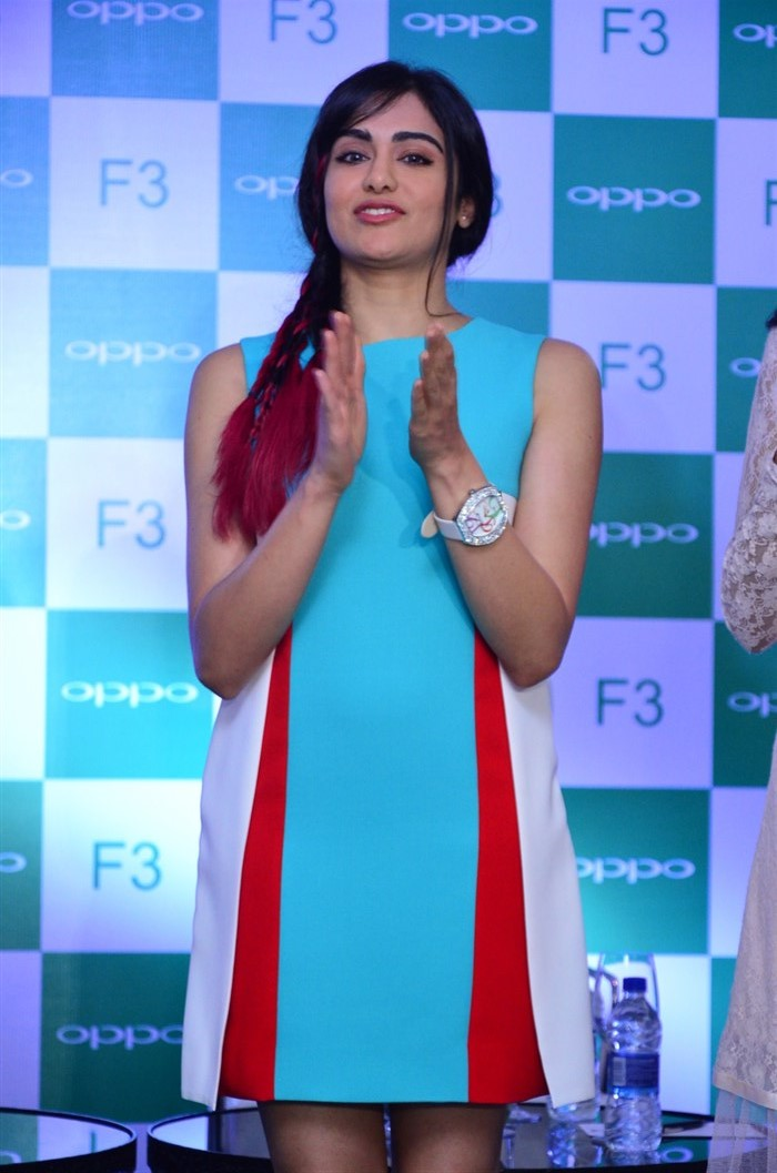 Adah Sharma launches Oppo F3