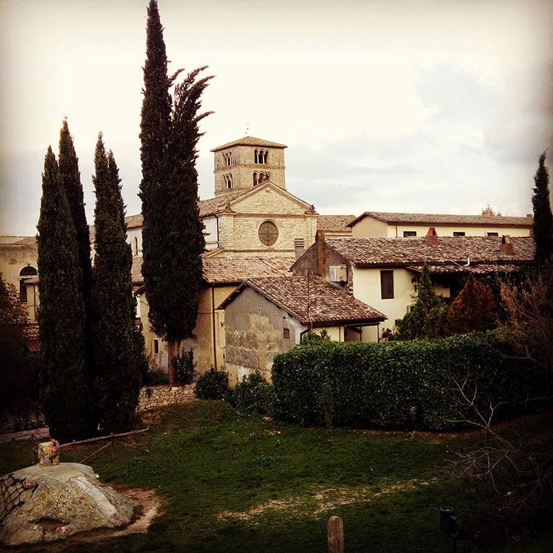 Vista sobre a abadia de Farfa