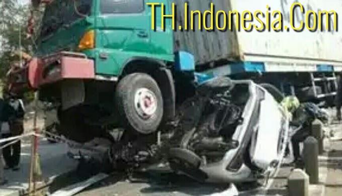 Laka Banteng di Jalan Raya Arteri Yos Sudarso