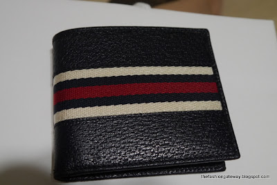 Gucci Men's Black Leather w/ Blue/Red/White Stripes Wallet ...