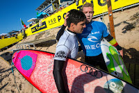 26 Mick Fanning AUS and Gabriel Medina BRA Rip Curl Pro Portugal foto WSL Laurent Masurel