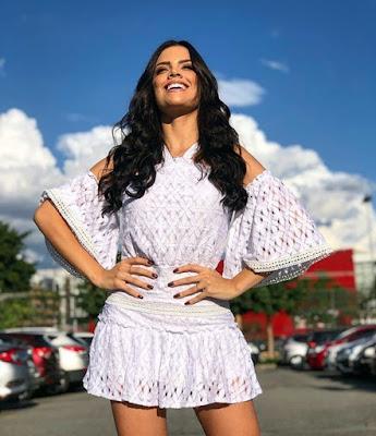 Bailarina do Faustão, Juliana Olimon conta um pouco da sua vida — Foto: Reprodução Instagram