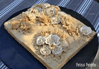 gâteau russe, cake design, crème au beurre, butter cream flowers, fleurs crème au beurre, modelage fleurs en crème, gâteau design, gâteau russe, succès praliné, patissi-patatta