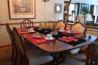 Holiday Formal Dining