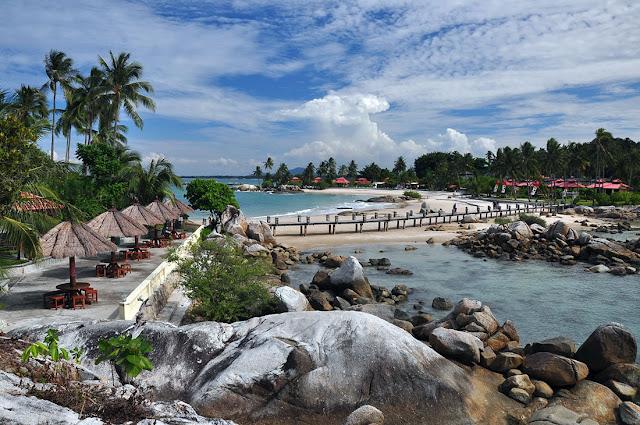 Pantai Parai Tenggiri Bangka Belitung