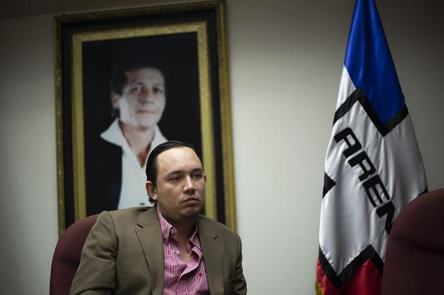 Arturo Simeón Magaña, diputado de ARENA, vaticina derrota electoral para Calleja y propone frenar a Bukele con acusaciones en la FGR