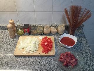 Spaghetti con salsa Toto