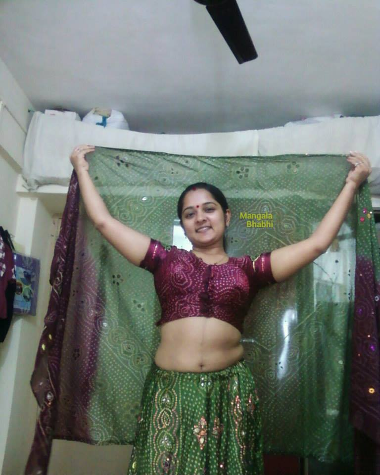 Head Shaved Indians: Hot North Indian Bhabhi Photos