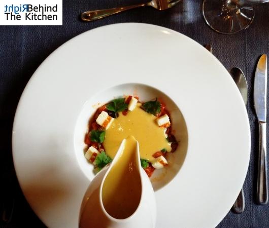 Zupa krem z kukurydzy, salsa z pomidorów i papryki, grillowany ser halloumi oraz świeża kolendra | G20 Lublin | Lublin Restaurant Week