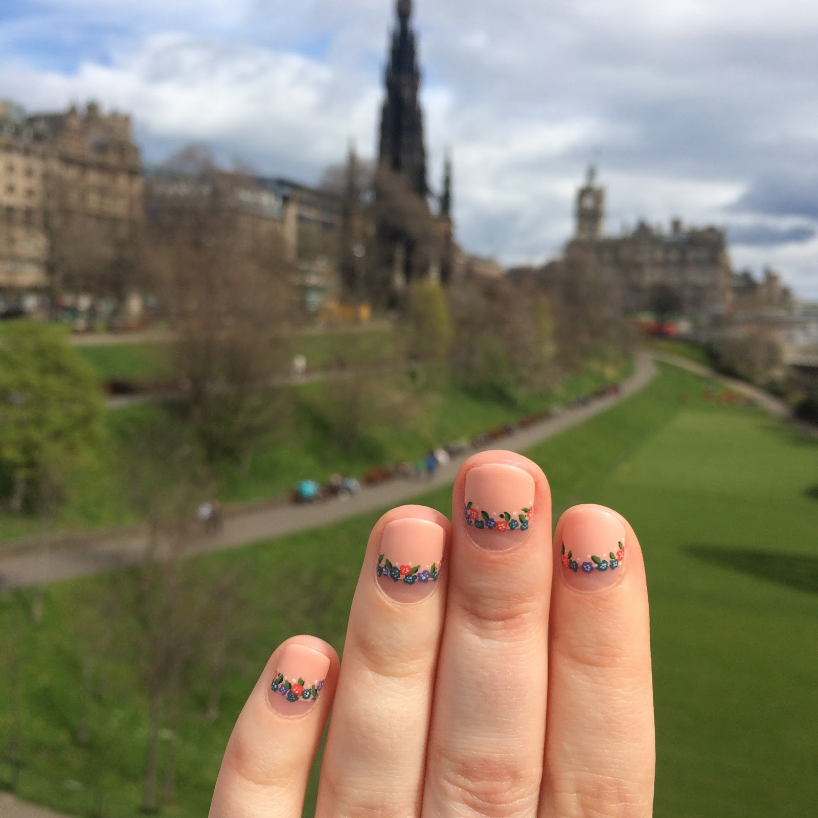 We then headed into the Scottish National Gallery, it was really interesting to see actual paintings by Van Gogh and Monet, but I must admit that a lot of ...