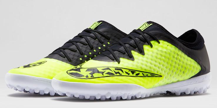 Representar Oferta de trabajo Arco iris  Volt Nike Elastico Finale III 2015 Boots Revealed - Footy Headlines