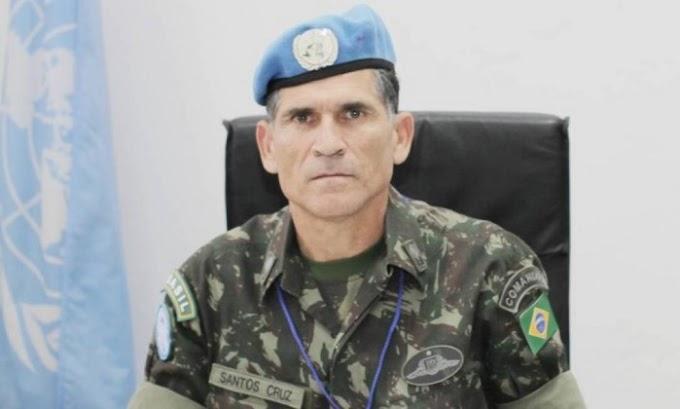 MAIS UM NOVO MINISTRO: Bolsonaro indica general para chefiar Secretaria de Governo.