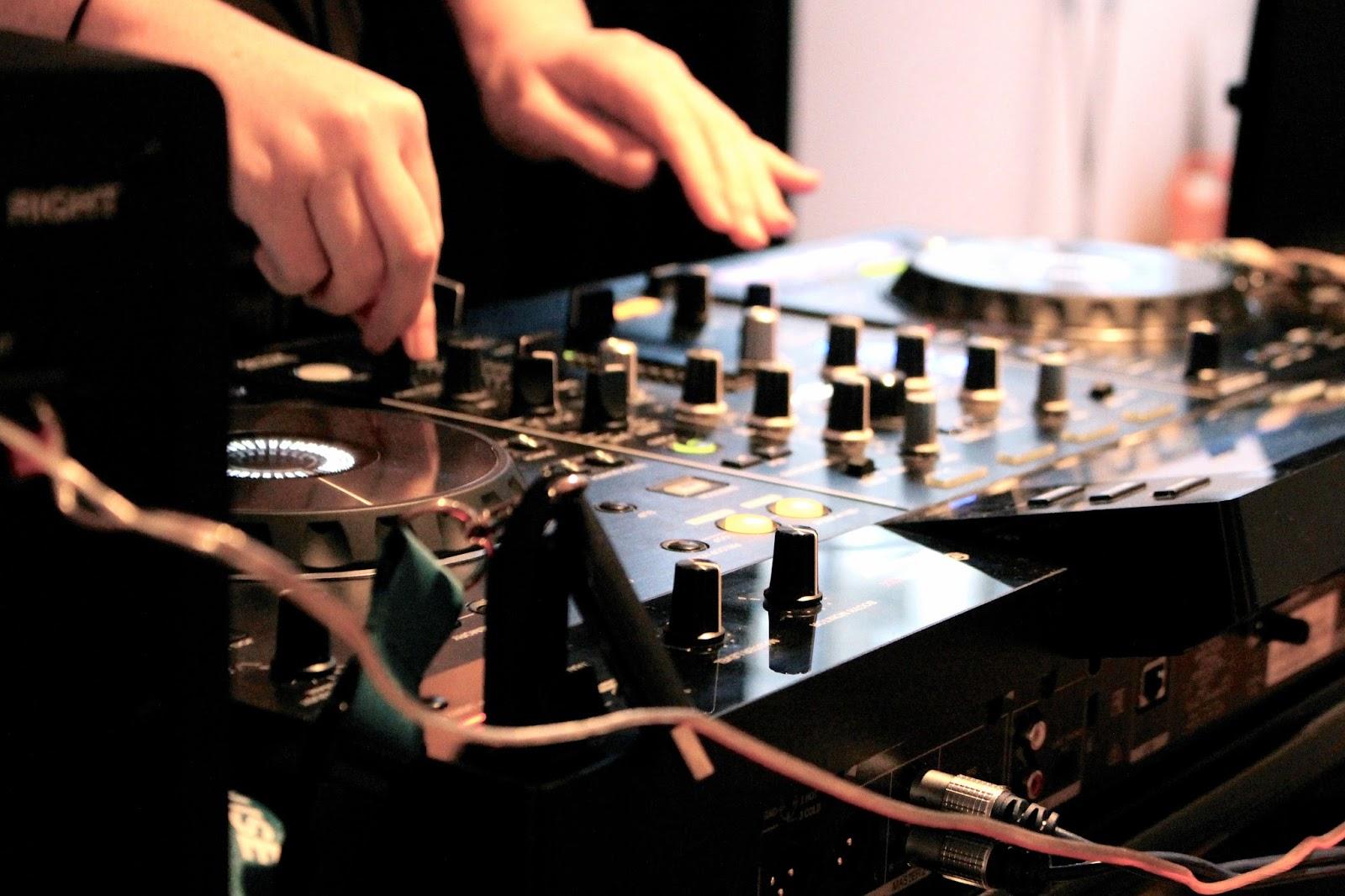 DJ decks at london blog event
