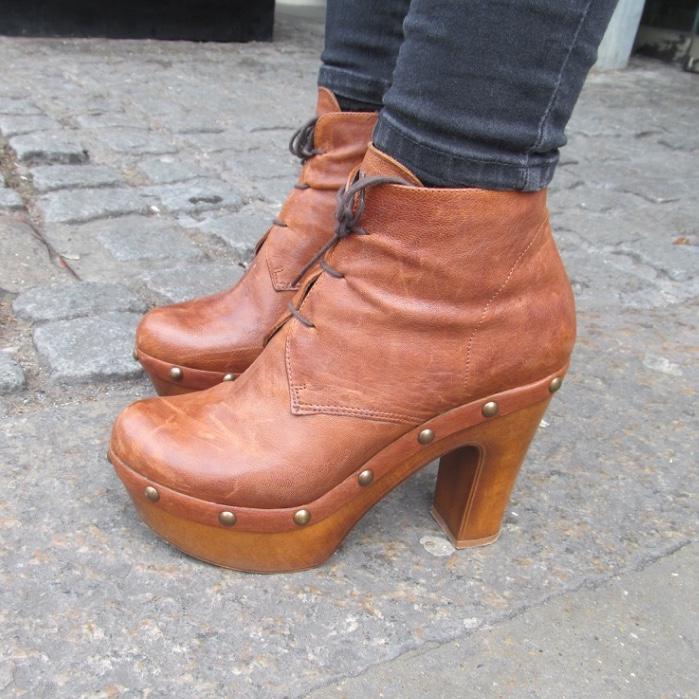 tan platform boots