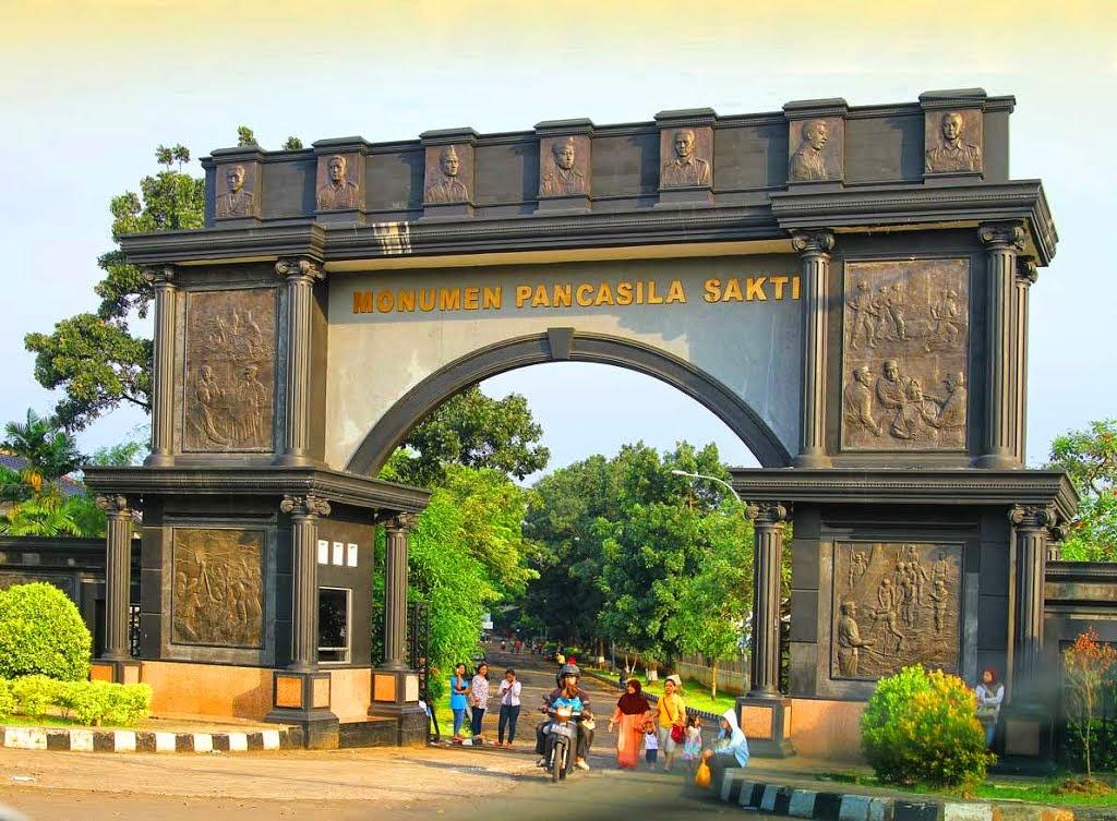 Monumen Pancasila Sakti Lubang Buaya Duaistanto Journey