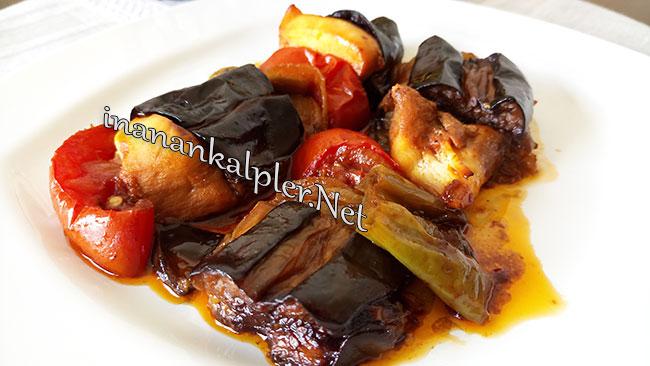 Fırında Tavuklu Patlıcan Kebabı - www.inanankalpler.net