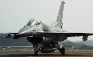 Jet Tempur KF-16 Fighting Falcon RoKAF