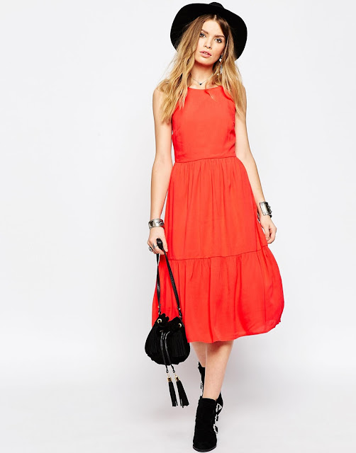 red tiered dress,