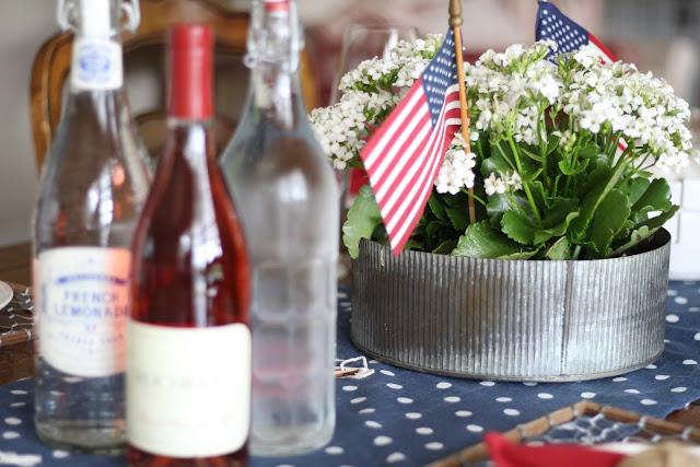 maison-de-cinq-patriotic-tablescape-8