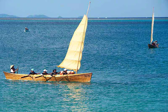 paddles, sail, sabani boats, sea
