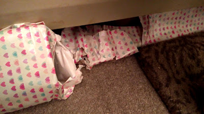 kitten verses wrapping paper