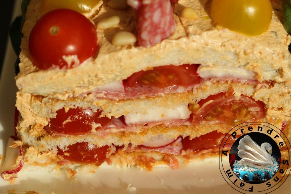 Sandwich cake pesto rouge salami