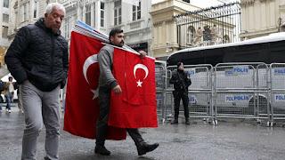 Holanda y Turquía, metiendo el dedo en la llaga