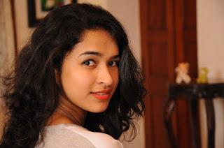 Actress Misha Ghoshal Stills from Unnodu Ka Tamil Movie  0006.jpg