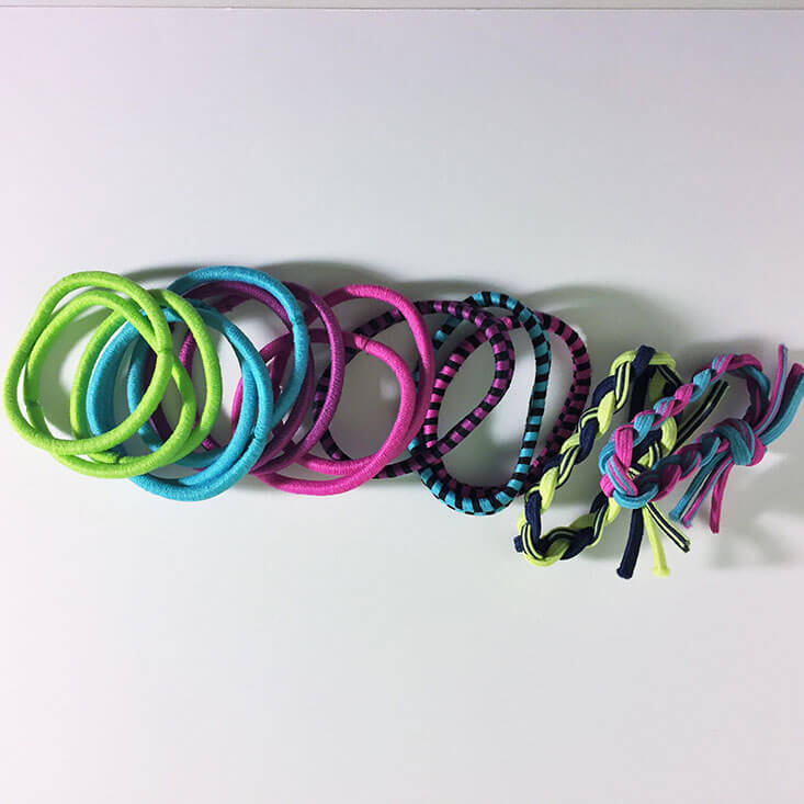 Scunci I am Sporty hair ties