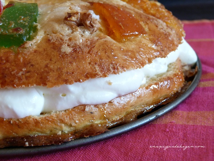 ración roscón de reyes con panificadora relleno de nata (crema de leche)