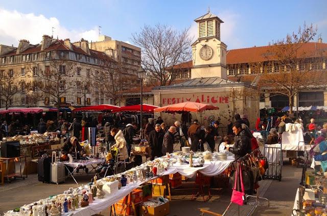 Mercado de Aligre no bairro Bastille