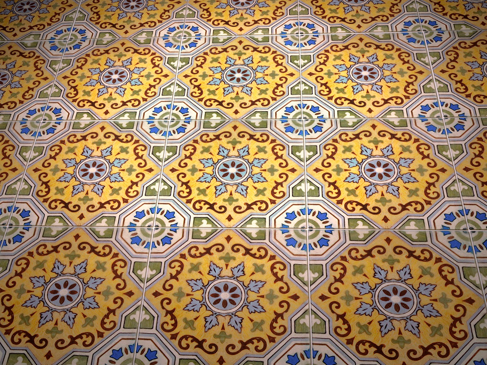 Arvello accent floor install