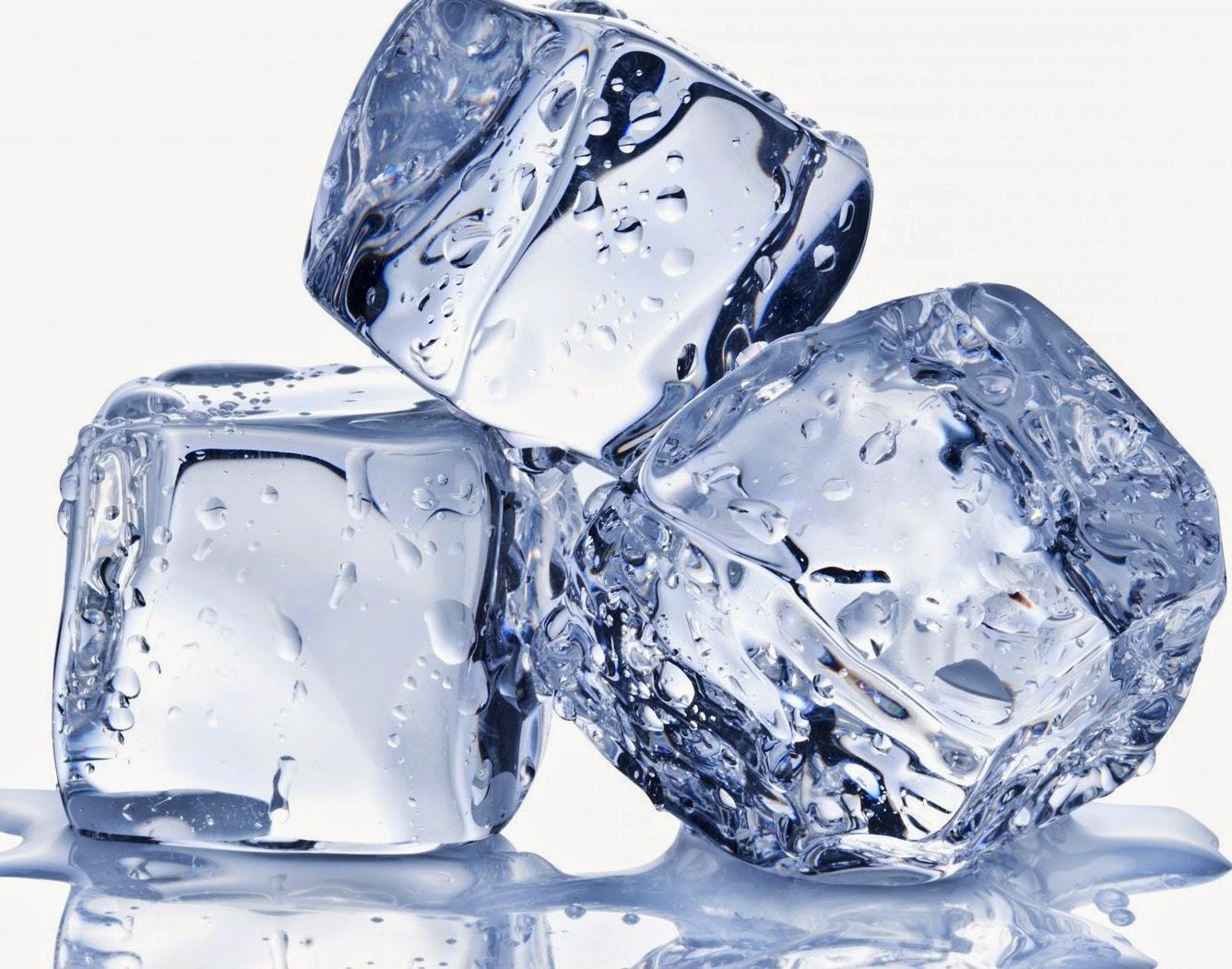 Usar cubitos de hielo por placer