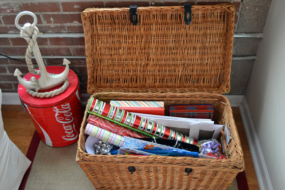 Wrapping paper gift bag storage