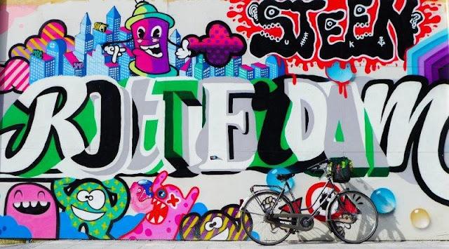 Grafiti Rotterdam y bicicleta