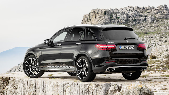 The new Mercedes-AMG GLC 43 4MATIC: first mid-size suv from Affalterbach