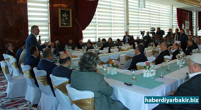 DİYARBAKIR-Diyarbakır'da, Güneydoğu Anadolu Ortak Akıl Platformu yaptığı basın açıklamasıyla kuruluşunu duyurdu.