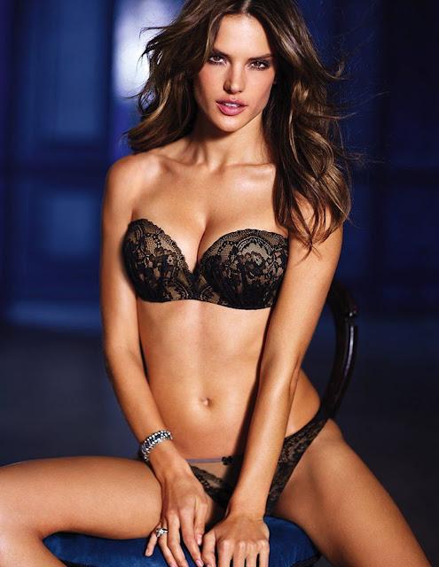 Fotos de Alessandra Ambrósio nua pelada na Covergirl