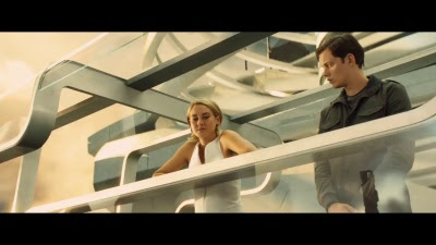 The Divergent Series: Allegiant (Movie) - 'Tear Down The Wall' Trailer - Screenshot