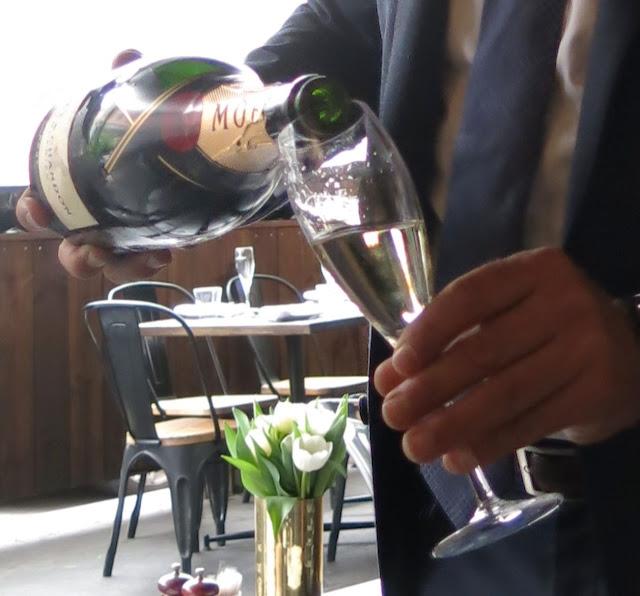 Morris Jones & Co, Windsor, Moet Chandon, champagne